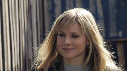 "Kristen Bell joins ""Heroes"" Monday in the episode ""Fight or Flight."""