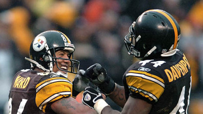 Wide receiver Hines Ward celebrates his 12-yard-touchdown catch in the third quarter with running back Najeh Davenport. (vs. Browns 11/11/07)