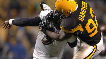 Linebacker James Harrison sacks Ravens quarterback Steve McNair forcing a fumble which Harrison recovered in the first quarter.(vs. Ravens 11/05/07)