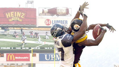 Ike Taylor breaks up a pass intended for the Seahawks' Ben Obomanu in the second quarter yesterday at Heinz Field.