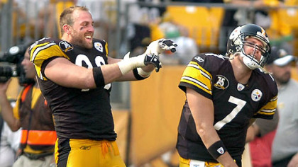 Keisel and Roethlisberger celebrate a touchdown by teammate Davenport.